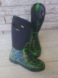 Bogs waterproof insulated boots in great condition Kitchener, N2A 4B9