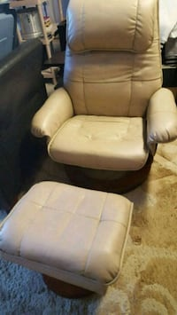 Faux Leather Recliner & Foot Rest North Las Vegas, 89032
