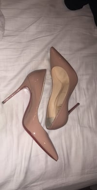 AUTHENTIC CHRISTIAN LOUBOUTINS Surrey, V3W 6K4