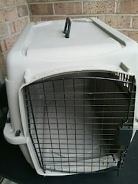 white and black pet carrier Gaithersburg, 20886
