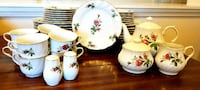 white, red, and green ceramic floral dinnerware se Port St. Lucie, 34953