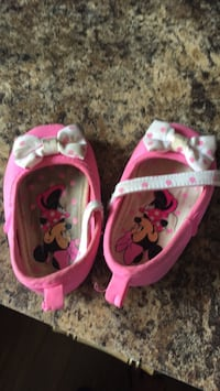 toddler's pink-and-white sandals Edmonton, T6L 5N7