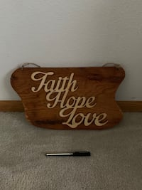 Handmade wood hanging wall decor Des Moines, 50321