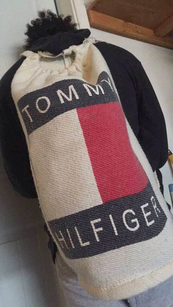 60a819e9058f8 Used Tommy Hilfiger book bag for sale in Yelm - letgo