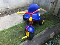 Toddler's blue and red trike Whitby, L1N 6X2