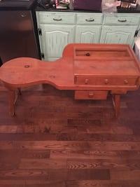 Wood console / old telephone table Montréal, H4G 2W5