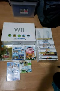 Nintendo Wii console+game extra controllers lot Toronto, M1K 2E8