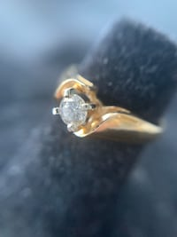14K Yellow Gold DIAMOND Solitaire Edmonton, T6H