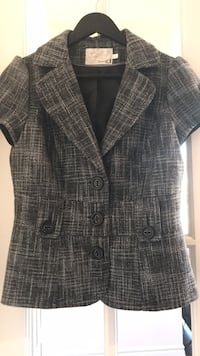 Short-Sleeve Grey Blazer Mississauga, L5B