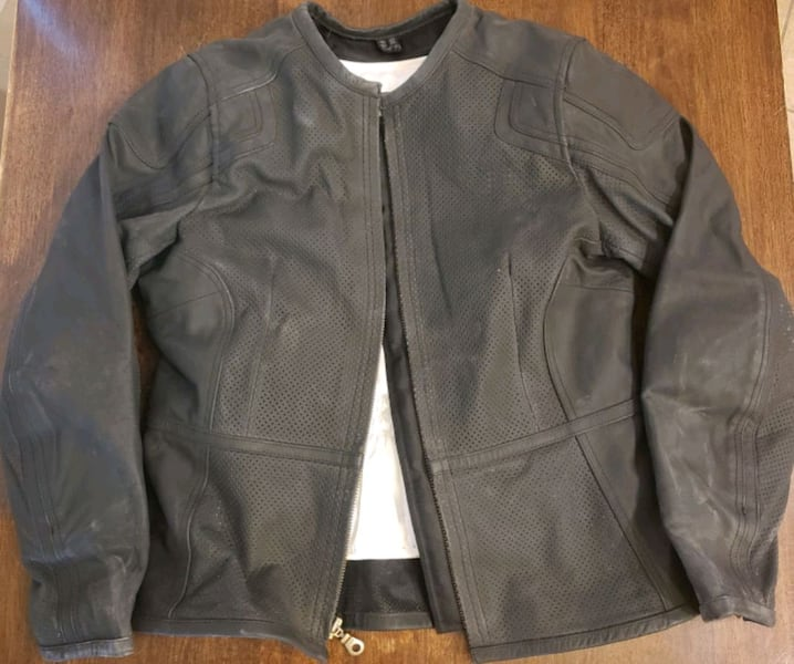 Women's Motorcycle Riding Attire  1b8b405d-35b2-4899-b2f6-3d531503f3bc