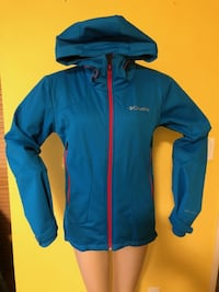 Columbia Omni-Tech Water and Windproof Jacket size M - $65 Port Coquitlam
