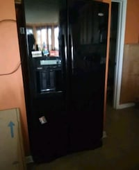black side by side refrigerator with dispenser District Heights, 20747