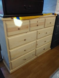 Pinewood dresser with 9 drawers  Lakewood, 90713