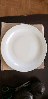 Open stock 20 dinner plates  Brampton, L6R 3H8