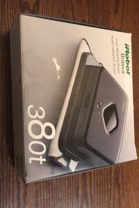 Irobot braava floor mopping and light sweeping robot brand new in box Toronto, M2N 7L4