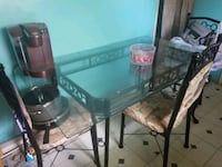 Kitchen table and chairs Linthicum Heights