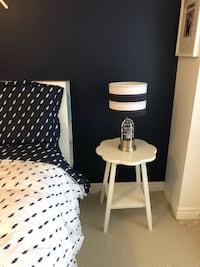 Potter barn white side table in perfect condition 558 km