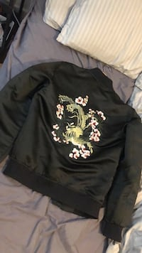 Flower detailed bomber jacket London, SE14 5SB