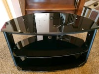 Black glass tv stand Thorold, L2V 0A6