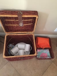 Picnic basket with dishes and table cloths Mission Viejo, 92691