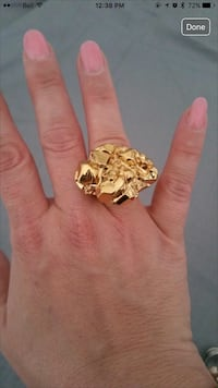 Michael kors gold ring Toronto, M9V 2W4