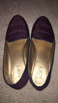 Ann Taylor Loft maroon shoes size 8 Glenwood, 21738