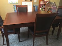 Dining Table and Chairs Hubbard, 97032