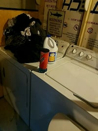 white clothes washer and dryer set Greeley, 80634