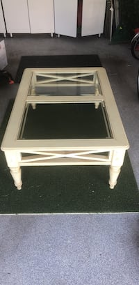 SOfa Table and End Table will need to replace the glass Leesburg, 20176