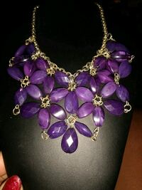 silver and black floral necklace Lake Charles, 70607