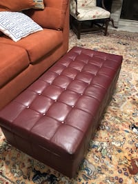 Tufted brown ottoman trunk Houston, 77019