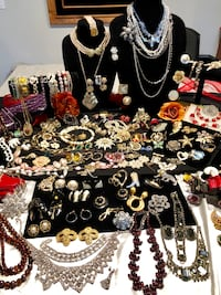 150 Plus Pieces of Vintage Costume Designer Jewelry Make An Offer Holbrook, 11741