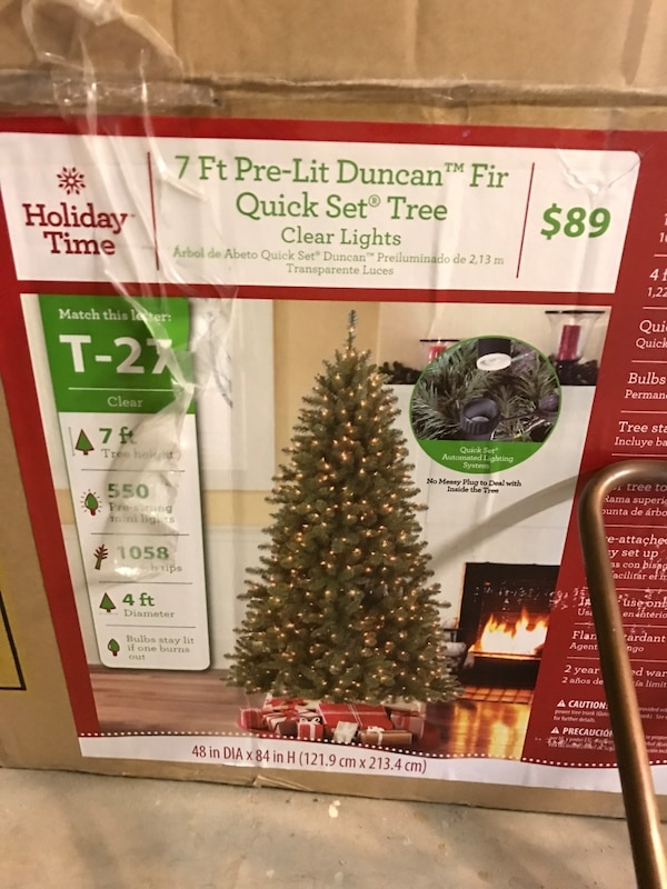 Holiday Time Christmas Tree.Holiday Time 7 Ft Pre Lit Duncan Quick Set Tree Clear Lights Box