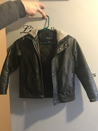 Black leather zip-up jacket - size 6