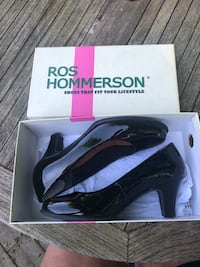 Real leather black pump Cambridge, N1S 1A2