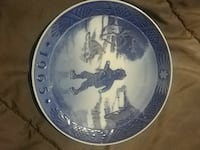Royal copenhagen collector plates Charles Town, 25414