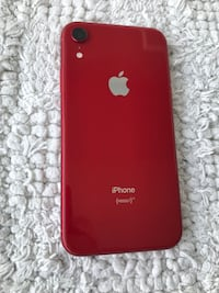 Red iPhone XR 64gb