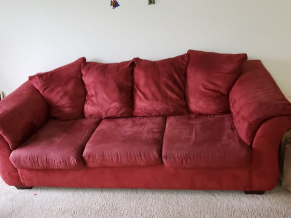 Used red suede 3-seat sofa for sale in Redmond - letgo