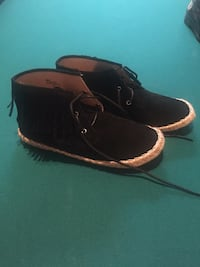 pair of black leather boat shoes Tomball, 77377