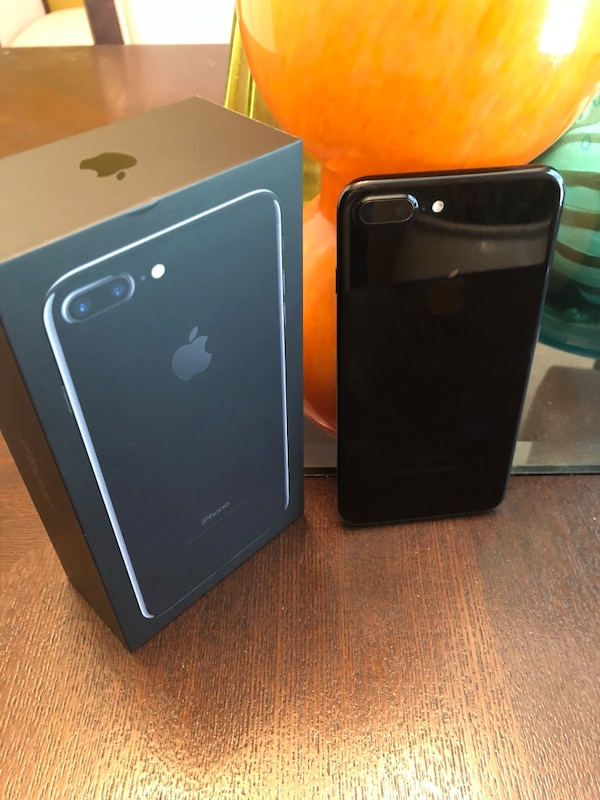 32417093b5c Used Jet black iphone 7 plus with box for sale in Atlanta - letgo