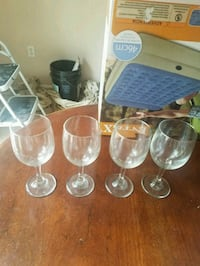 Set of 4 wine glasses Hagerstown