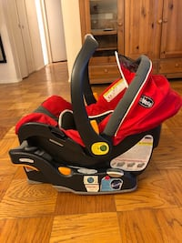 Baby's red and gray car seat carrier 38 km