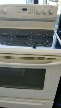 white and black induction range oven New Britain, 06051