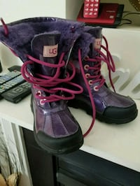 Girls Ugg Snow Boots (Purple) Bowie, 20716