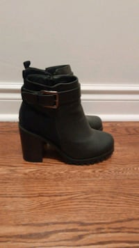 Black ankle boots Beaconsfield, H9W