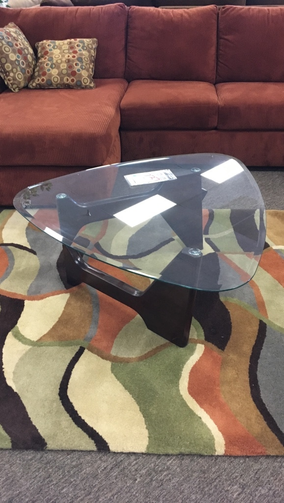 letgo - Noguchi Style 3 Piece End Table Set in Guadalupe, AZ