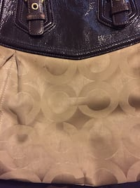 Would like sold ASAP! Beige coach purse Toronto, M2J 3B4