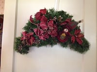 red and green floral wreath Corpus Christi, 78404