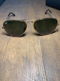 Rayban Aviators Gold with  Green G15 Lens