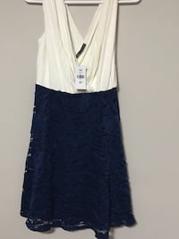 Women's white and blue sleeveless dress Brampton, L6T 3C2